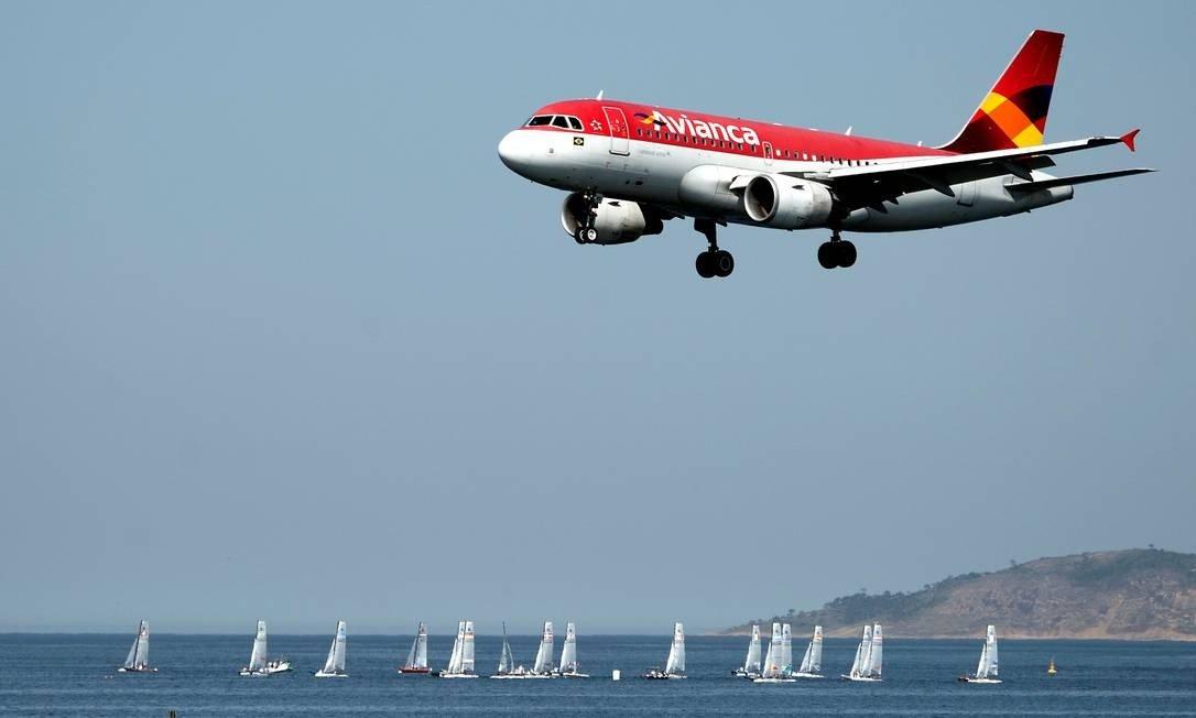 cancelamento de voo pela companhia